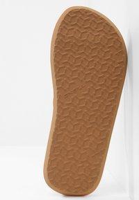 O'Neill - DITSY - Pool shoes - mandarine - 4