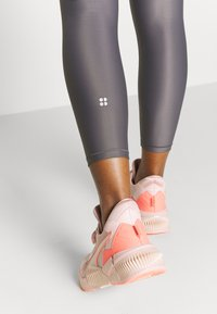 Sweaty Betty - HIGH SHINE 7/8 WORKOUT LEGGINGS - Leggings - moonrock purple - 5