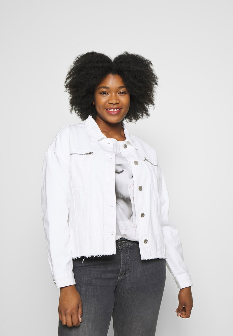 Missguided Plus - OVERSIZED JACKET - Denim jacket - white