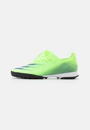 X GHOSTED.3 FOOTBALL TURF - Astro turf trainers - signal green/energy ink