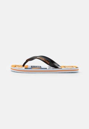 Sandály s odděleným palcem - optic white/black/orange
