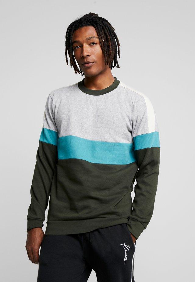 CUT SEW CHEST BLOCK CREW NECK - Sweater - navy/burg/ecru