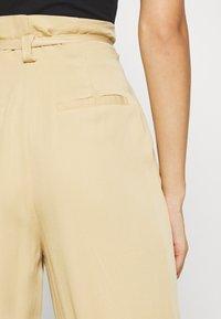 Moss Copenhagen - LIELLE PANTS - Trousers - croissant - 5
