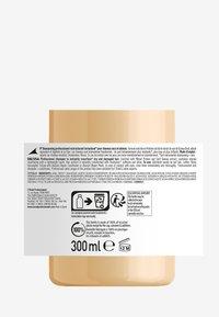 L'OREAL PROFESSIONNEL - Paris Serie Expert Absolut Repair Shampoo - Shampoo - - - 2