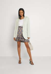 Scotch & Soda - PRINTED WRAP OVER SKIRT - Mini skirt - combo - 1