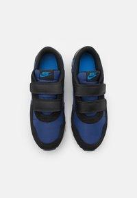 Nike Sportswear - VALIANT UNISEX - Tenisky - blue void/signal blue/black/white - 3