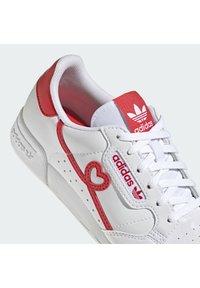 adidas Originals - Trainers - ftwr white vivid red ftwr white - 8