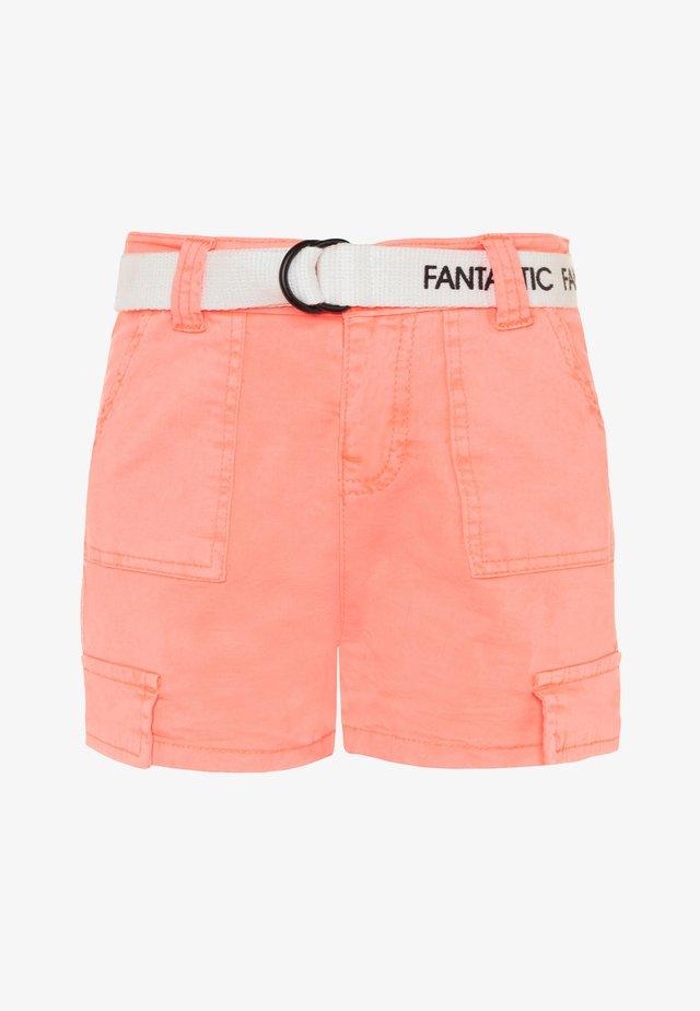 TEENAGER - Shortsit - neon peach