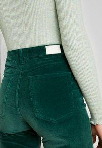 ZIGGY Denim - SKYSCRAPER - Trousers - forest green - 3