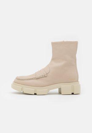 CPH553 - Platform ankle boots - nature