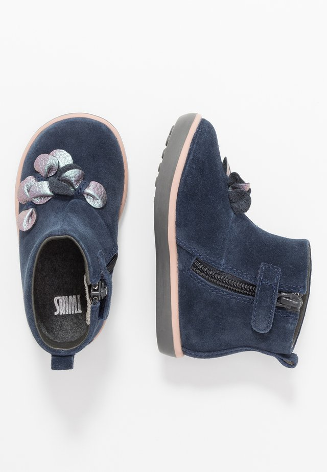 TWINS - Baby shoes - navy