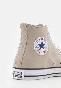 Converse - CHUCK TAYLOR ALL STAR UNISEX - High-top trainers - string - 5