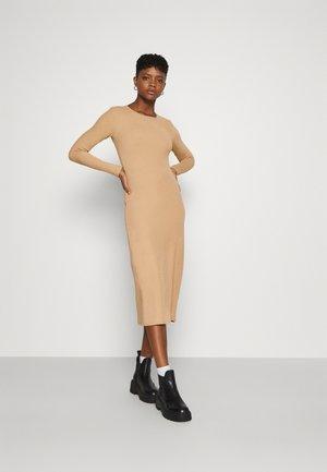 YASZULLY MIDI DRESS - Jumper dress - tan
