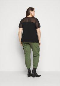 Evans - SHEER YOKE  - Print T-shirt - black - 2