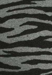 Supermom - DRESS ZEBRA - Jersey dress - black - 2