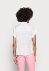 Tommy Hilfiger - COTTON VOILE RELAXED SHIRT - Button-down blouse - white - 2