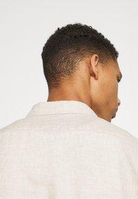 ARKET - Linen Shirt - Shirt - beige - 4