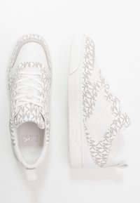 Michael Kors - BAXTER - Sneakers - optic white/black - 1