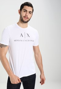 Armani Exchange - Print T-shirt - white - 0