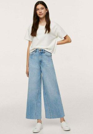 CULOTTE MET GERAFELDE - Flared Jeans - lichtblauw