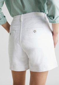 Esprit - Denim shorts - white - 6