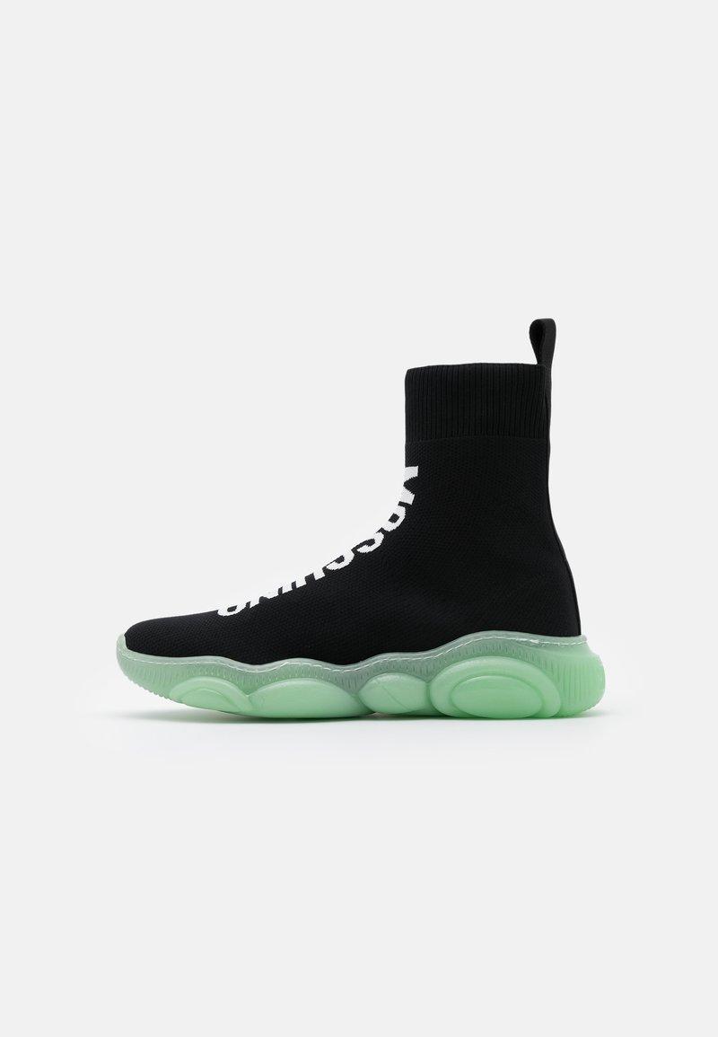 MOSCHINO - Sneaker high - black