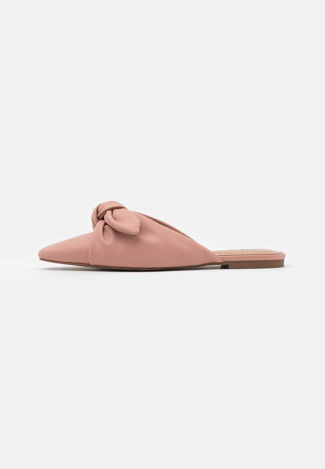 ELSA - Muiltjes - light pink