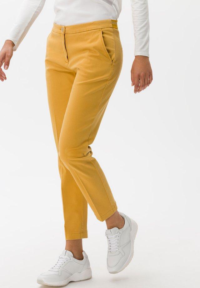 STYLE MARON - Pantaloni - saffron