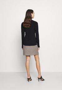 ONLY - ONLJANNE - Long sleeved top - black - 2