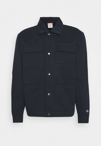 FULL BUTTONED