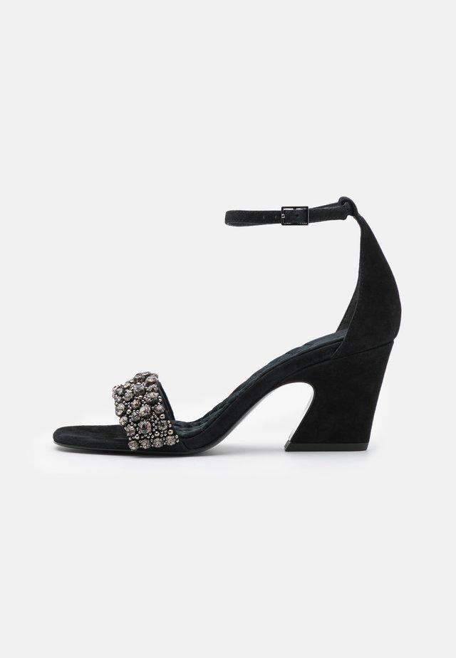 CRYSTAL  - Sandalen - perfect black