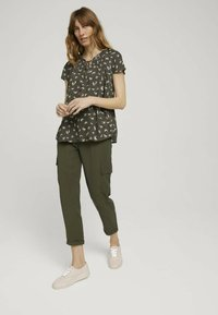 TOM TAILOR - Blouse - khaki small floral design - 1