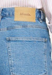 Afends - BLONDIES - Slim fit jeans - classic blue - 3