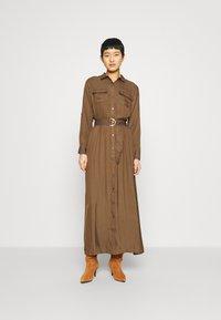Banana Republic - SHIRTDRESS SOLID - Maxi šaty - heritage olive - 0