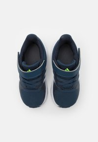 adidas Performance - RUNFALCON 2.0 UNISEX - Obuwie do biegania treningowe - navy/footwearwhite/legend ink - 3