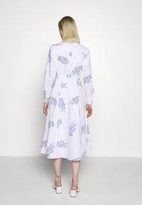 IVY & OAK - MIDI DRESS - Korte jurk - bright white - 2