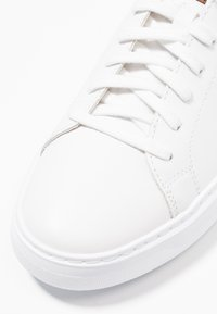 Geox - DEIVEN - Trainers - white - 5