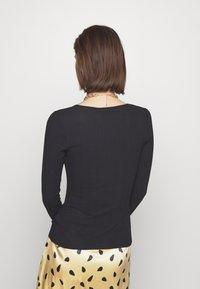 Carin Wester - RINA - Bluzka z długim rękawem - black - 2