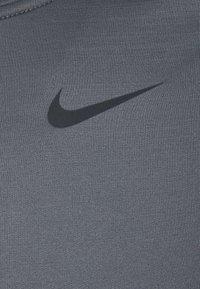 Nike Performance - WARM CREW - Sports shirt - iron grey/black - 2