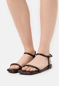 Proenza Schouler - SQUARE PADED FLAT - Sandals - black - 0