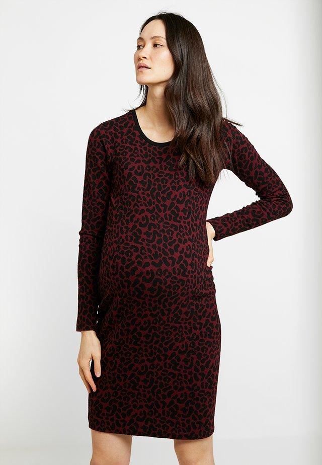 DRESS SIERRA - Etui-jurk - tawny port