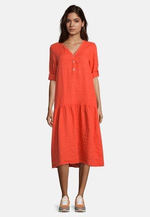 MIT STUFEN - Day dress - emberglow