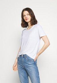Marks & Spencer London - CREW  - Camiseta básica - white - 2