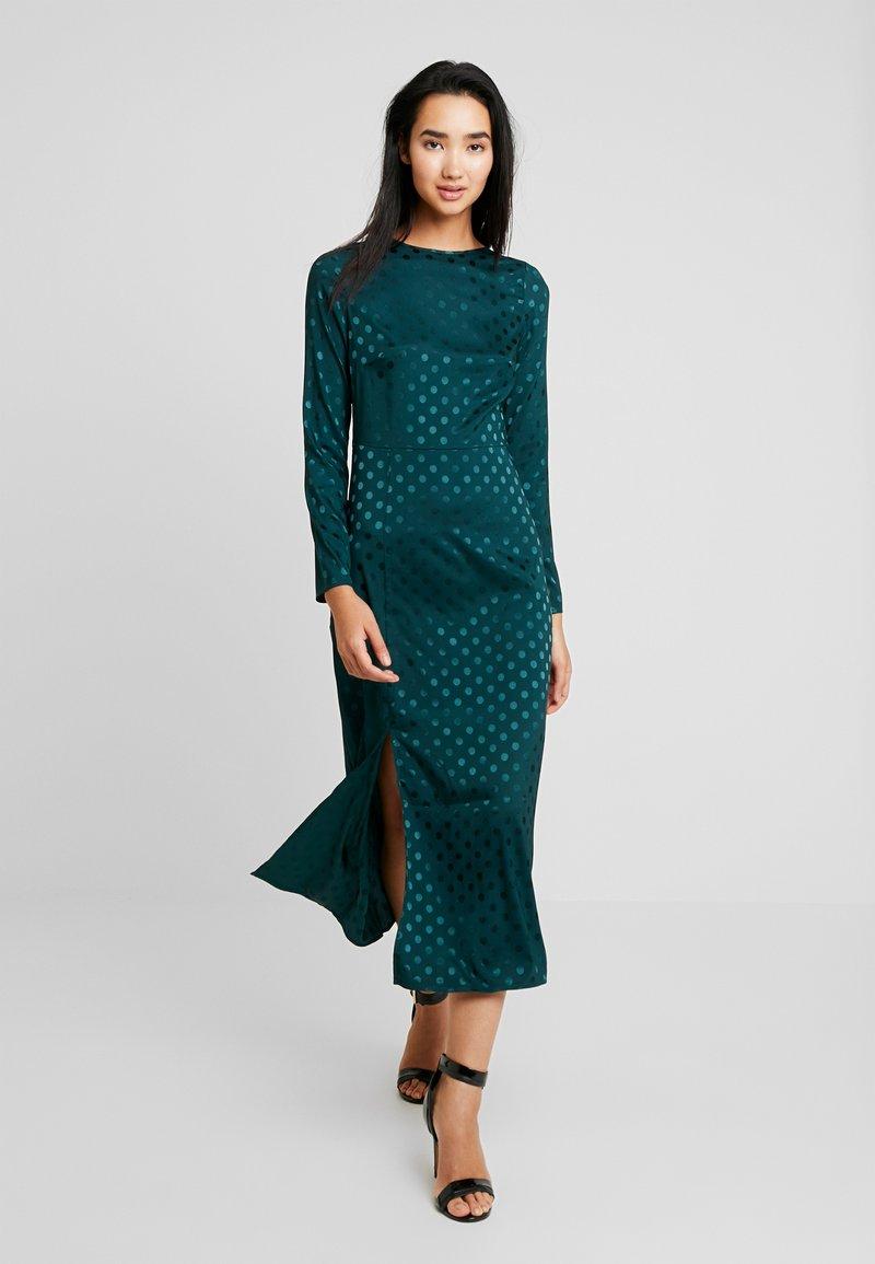 Fashion Union - PONDER - Hverdagskjoler - green