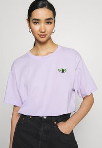 Monki - TOVI TEE - Print T-shirt - lilac - 3
