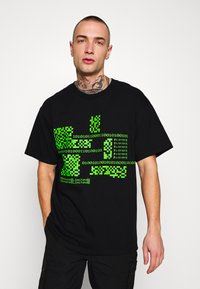 Mennace - GLITCH - T-shirt con stampa - black - 0