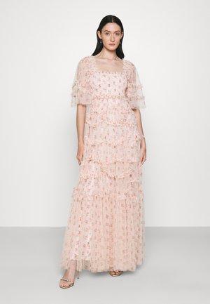 BIJOU SMOCKED GOWN - Společenské šaty - paris pink