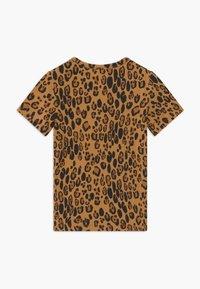 Mini Rodini - BABY BASIC LEOPARD TEE UNISEX - Print T-shirt - beige - 1