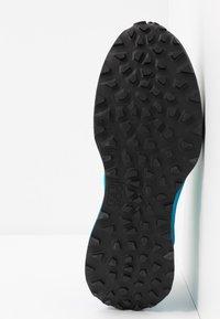 Dynafit - ULTRA 100 - Trail running shoes - poseidon/methyl blue - 4