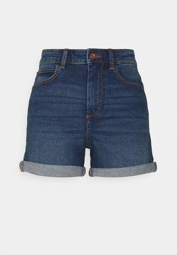 PCPACY LOOSE SHORTS NOOS  - Szorty jeansowe - medium blue denim